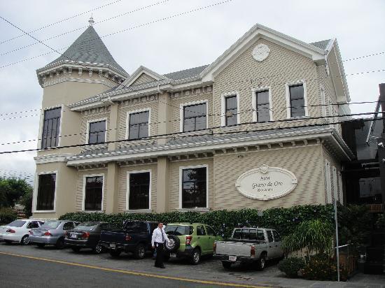 هوتل جرانو دي أورو: Hotel Grano de Oro