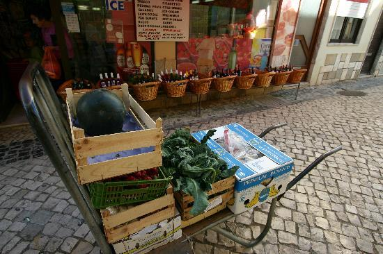 Alvor, Portugal: Delivery truck