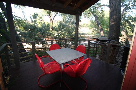 Creekside at Moab: Outdoor deck