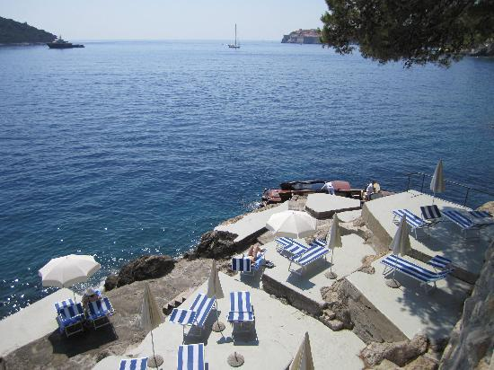 Villa Dubrovnik: Swimming from the sea