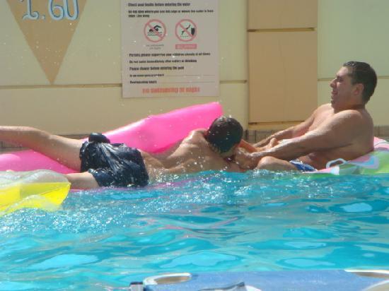 Villa Diasselo: mad lot in the pool