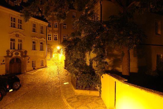 Appia Hotel Residences: APPIA - Blick aus dem Fenster bei Nacht