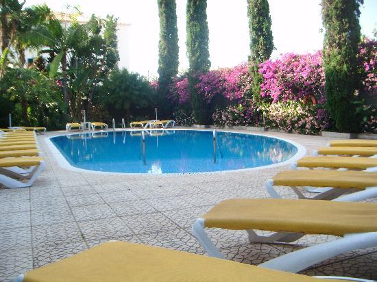 Hotel Albergaria Dias: A Seat in the Shade