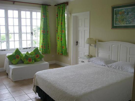 Scarborough, Tobago: Master Bedroom