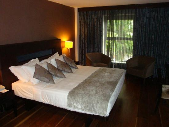 The Twelve Hotel: Luxury Suite