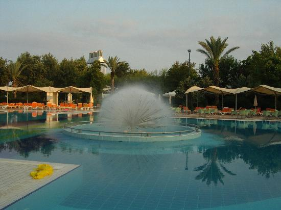 Le Jardin Resort : la piscine