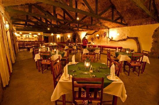Oloshaiki Camp: Dining room