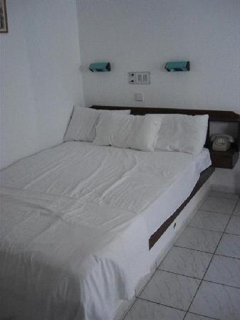 Hotel Konaki: Bed