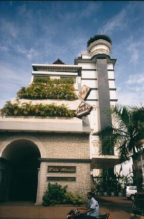 Arcadia Hotel: Outside Hotel