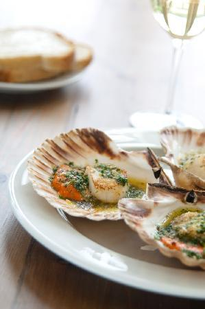 South Sands Hotel: grilled scallopps