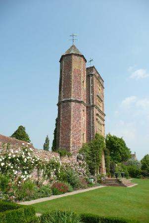 Wilderness Bed & Breakfast: Sissinghurst Gardens