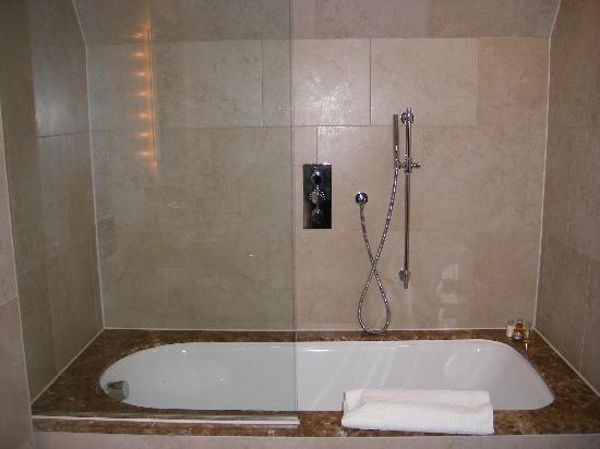 The Grand Hotel & Spa: Bathroom
