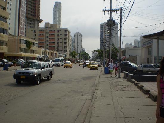 Barahona 446: Foto de la avenida frente al hotel