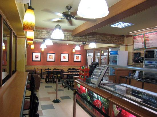 Subway at Shoppers Plaza Masaki: Eat Late!