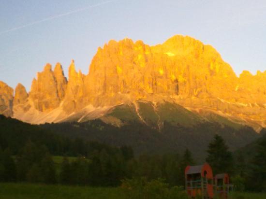 Tiers, Itália: ... con i suoi colori