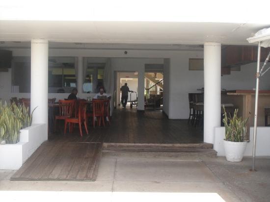 La Playita : Reverse shot from ocean deck into restaurant/bar area.