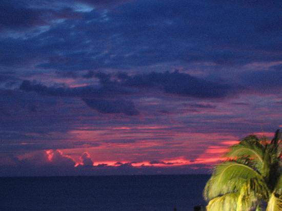 Villa Cofresi Hotel: spectacular sunsets