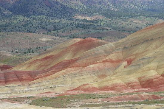John Day, Όρεγκον: Painted Hills Unit, Fossil Beds NM - colorful hills
