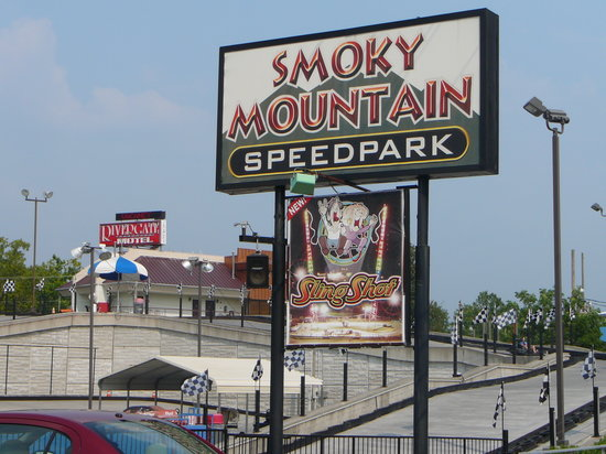 ‪Smoky Mountain Speedpark‬