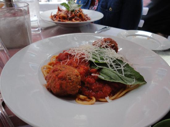 S.P.Q.R. Restaurant : pasta and meatballs