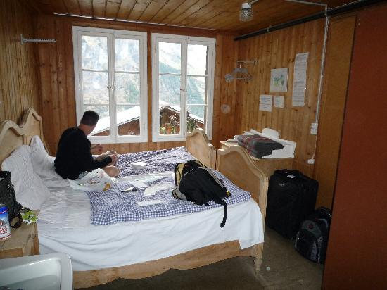 Hotel Mittaghorn: Inside our cozy room