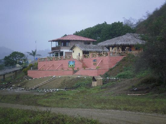 La Buena Vida Hotel- Ayampe: Frontview