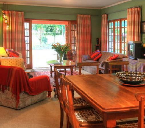 Outeniqua Travel Lodge: Dinner area