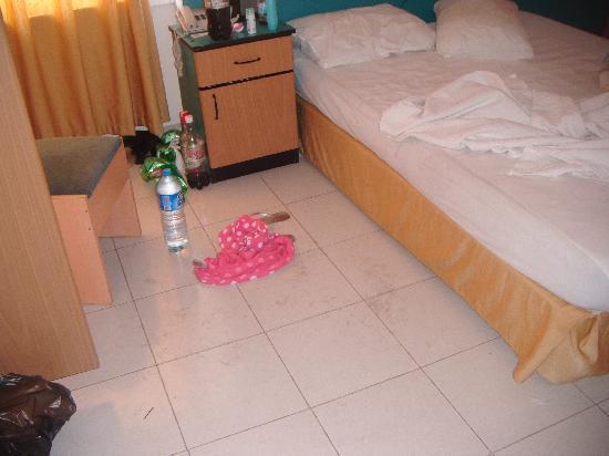 Seren Sari Hotel: Mess we made