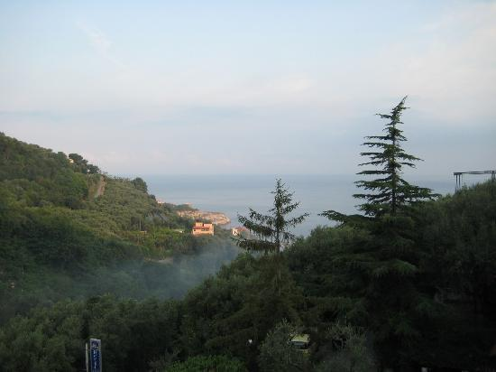 Best Western Hotel La Solara Sorrento: View from our hotel room