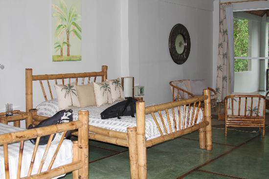 Hotel Plaza Yara: Spacious Rooms