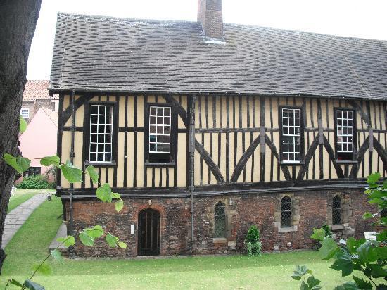 Merchant Adventurers' Hall: Exterior