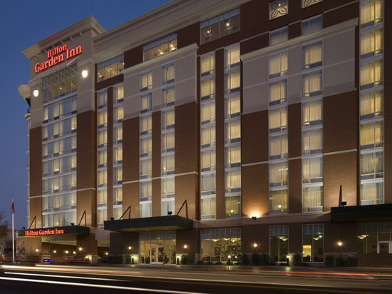 Hilton Garden Inn Nashville/Vanderbilt : Exterior