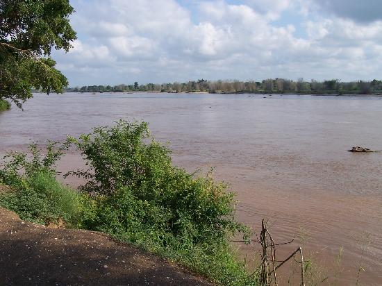 Punda Maria Restcamp: am Limpopo