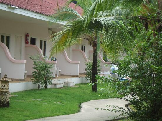 Baantonsai Garden Resort: Gardens