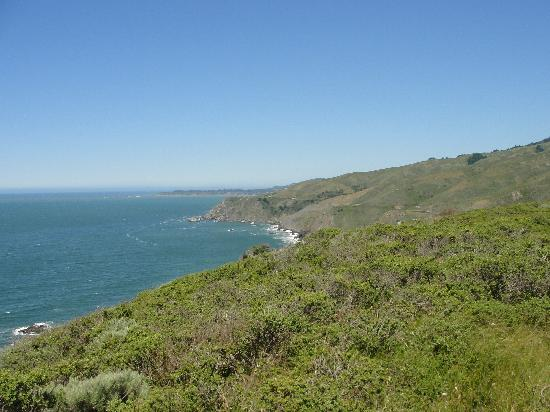 Inn of the Lost Coast: on the way