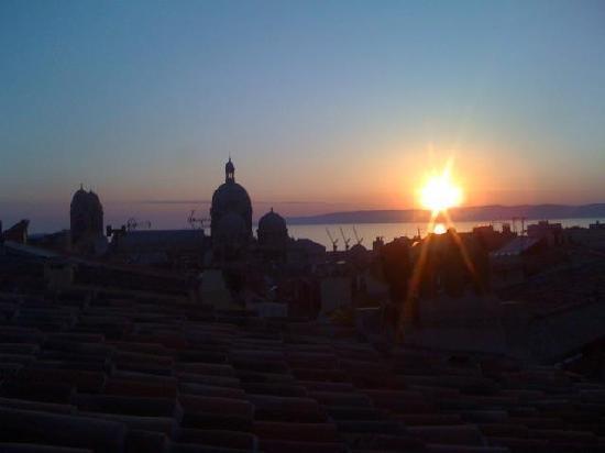 Au Vieux Panier : Couché de soleil depuis la terrasse