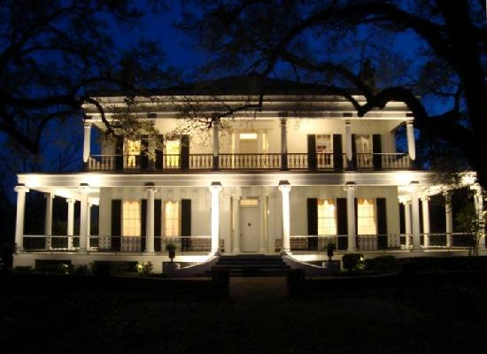 Brandon Hall Plantation: Front of Brandon Hall at Sunset