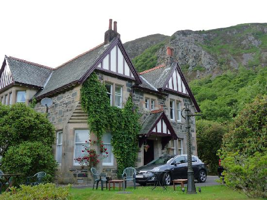 Stoneypark Bed and Breakfast: Lovely gardens and scenery