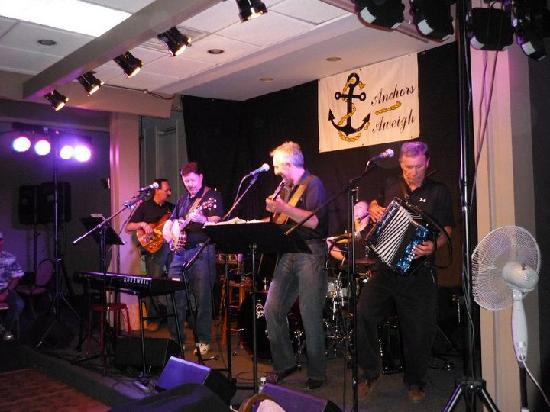 Ocean View Hotel: Great Fun with Anchors Aweigh