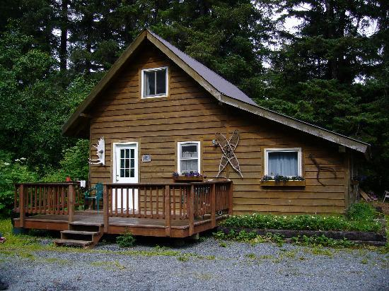 Salmon Creek Cabins: Cabin #1