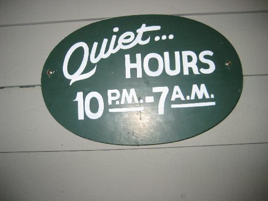 سي جيرت لودج: They mean...REAL quiet!