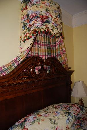Bay View of Mackinac Bed & Breakfast: Room 101