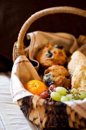 South Garden Bed and Breakfast: Harrison's Best Breakfast