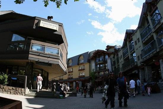 Whistler Places - Whistlerview: Whistlerview, located right on the Village Stroll