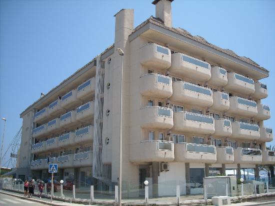 Hotel Caprici: the hotel