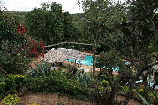 Masai Lodge: Lodge grounds