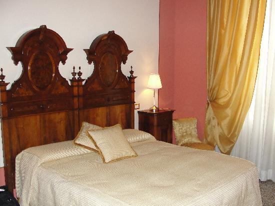 ريلايس سان لورينزو: Our room - Giacamo Puccini