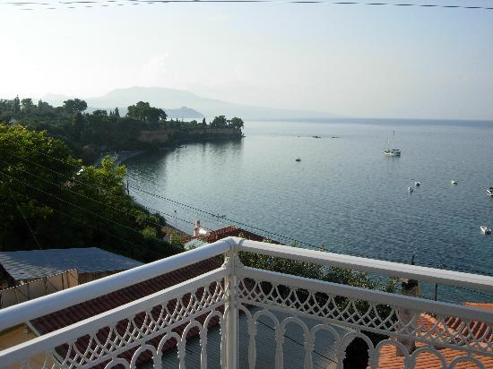 Sofotel Hotel: View from balcony over bay
