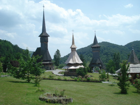 ‪Wooden Churches of Maramures‬