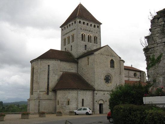 A Yeremie: Church in Sauvterre